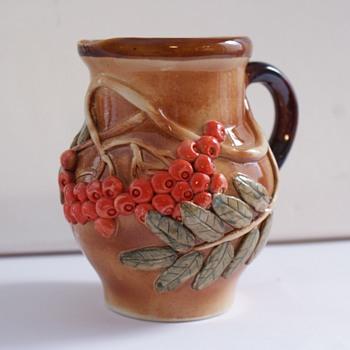 Roseville type jug with E.K stamp on base - Pottery