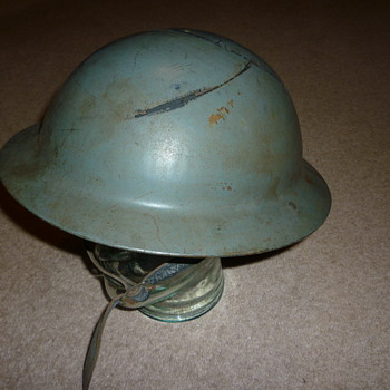 British WW11 Civil Defence steel helmet.