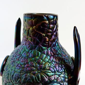 Detail pictures sof Thomas Webb & sons bronze vase (1878). Christopher Dresser, attr.