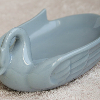 Art-Deco Ceramic Swan..... - Art Deco