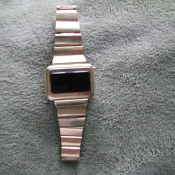 Omega Champion (1970's) 14k gold LCD  - Wristwatches