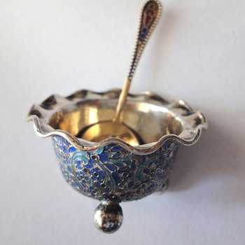Russian enamel gold plated salt spoon - Silver