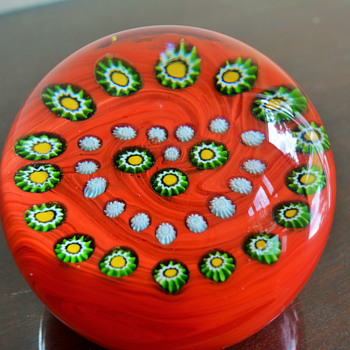 Gentile Glass Paperweight - Art Glass