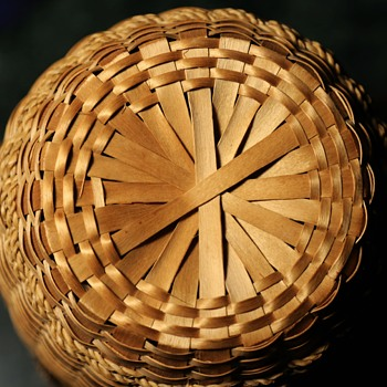 Large Sweetgrass Yarn Basket - Native American