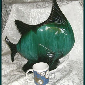 BLUE MOUNTAIN POTTERY - FISH - CANADIAN - Pottery