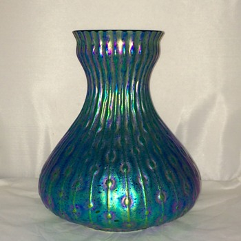 "Huge Kralik Sea Urchin Blue Green Iridescent Vase 9.25"" x 9"".  - Art Glass"