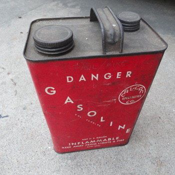 Cal-Can soldered gas can - Petroliana