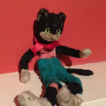 A old scruffy cat toy - Animals