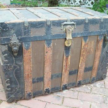 Trunk, Canvas covered ornate flat top - Furniture