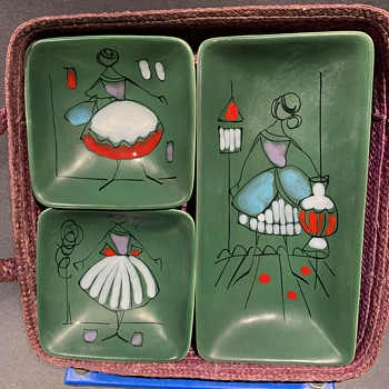 "Mid-Century Italian Ceramic hors d' ouerves set in basket marked ""made in Italy 378"" - Pottery"