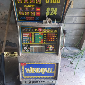 Nutt & Muddle & Sons poker machine - Coin Operated