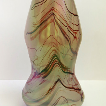 Rindskopf Iridescent Vase with Deep Red Feathering - Art Glass