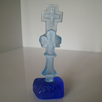 Glass crucifix - Art Glass