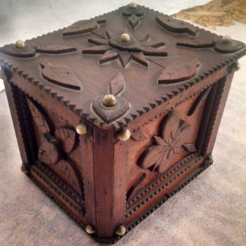 Unbelievable Antique Cigar Box - Tobacciana