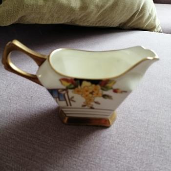 Plant Tuscani milk jug pattern  - Art Deco