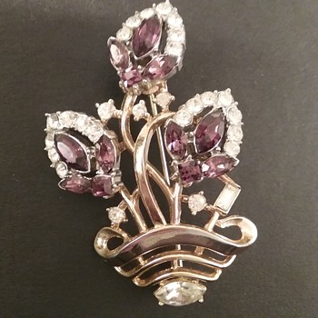 Vintage Trifari floral basket brooch  - Costume Jewelry