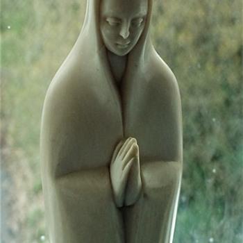 Antique Ivory Carved Madonna - Figurines