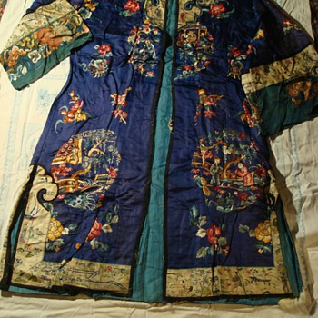 Antique Embroidered Chinese Silk Gown ca 1907 - Asian