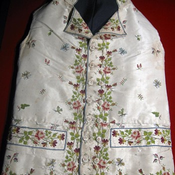 Revolutionary War Era 'Gentleman's Waistcoat' (Vest) - Mens Clothing