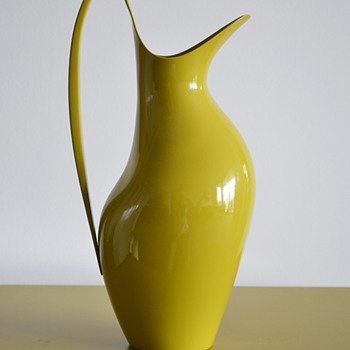 Henning Koppel pitcher for Georg Jensen (Yellow enamel) - Mid-Century Modern