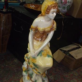 Satute - Figurines