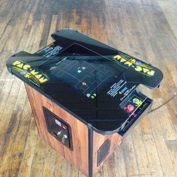 1980 Pac-Man video arcade game - Coin Operated