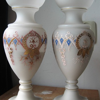 Set of  (old) vases. Want to know how old and from where/style - Art Glass