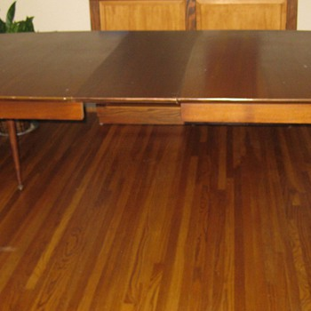 Danish/modern style table??? - Furniture