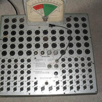 Vintage tube tester - Radios