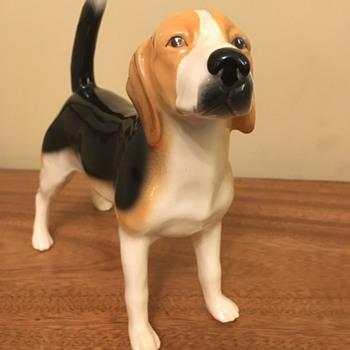 Vintage Beagle Dog Figure - Figurines