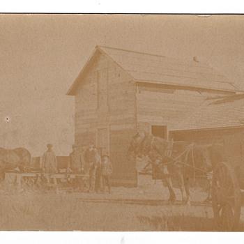 Postcard Deere & Webber Co. - Postcards