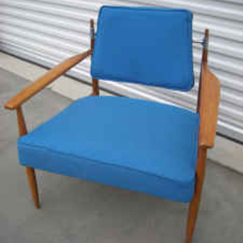 Knoll Chair but by which Designer? Hans Wegner?? - Furniture