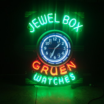 Jewelbox gruen watches porcelain neon sign and clock - Advertising