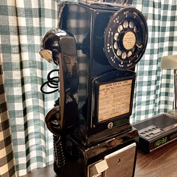 """""""Northern Electric"""" 1964 pay phone"""