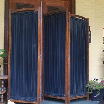 Antique room divider - Furniture