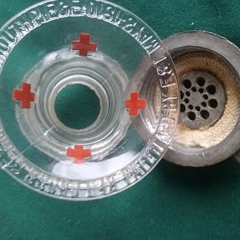 red cross  1910 moutpiece authentic? - Telephones