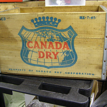 CANADA DRY WOOD CREATE--OLD? - Advertising
