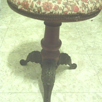 Piano/Music Stool Victorian? - Furniture