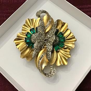 Old pretty brooch - Costume Jewelry