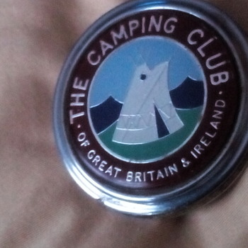 THE CAMPING CLUB OF GREAT BRITAIN & IRELAND - Car Badge - Medals Pins and Badges