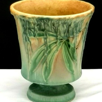 Vintage Roseville Moss Vase #773-5 - Pottery