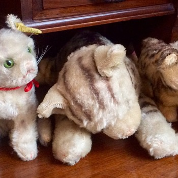 Steiff cats and dogs - Dolls