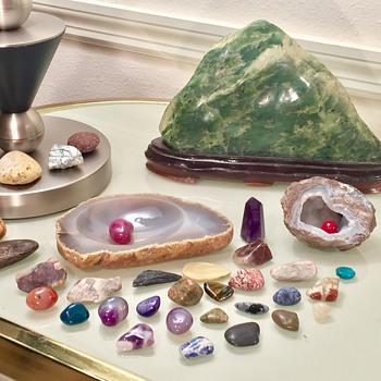 Jade Nephrite Scholars Stone & Old Semi Precious Gemstones - Gemstones