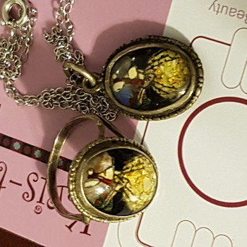 English butterfly wing ring and pendant set. - Fine Jewelry