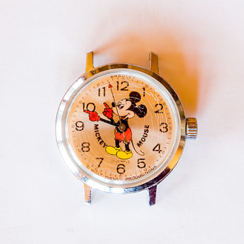 Mickey Mouse Watch, 17 jewels, Bradley, Ladies. I can't find another one like it. - Wristwatches