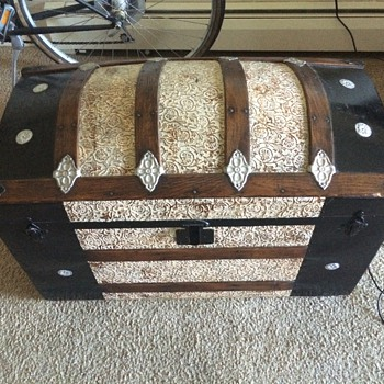 My New Trunk - Furniture