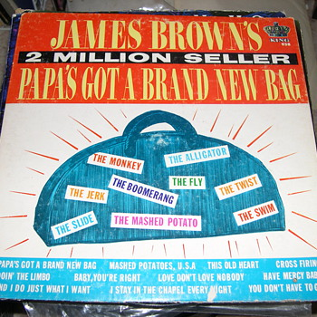JAMES BROWN 2 MILLION BEST SELLERS PAPA'S GOT A BRAND NEW BAG - Records