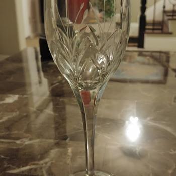 Lovely, elegant wine glass - Glassware