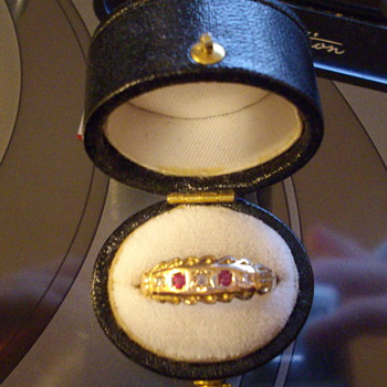 Antique Diamond and Ruby Ring - Fine Jewelry