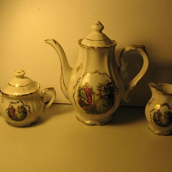L. Cole - Teapot Set ?